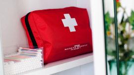 Sei a norma con il contenuto minimo obbligatorio della cassetta di pronto soccorso?